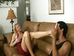 Mature Gives Handjob Worship My Feet And Tits