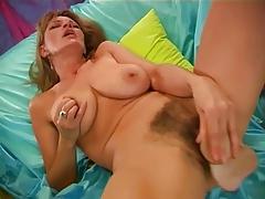 Hairy Woman Masturbation