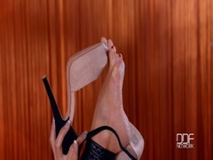 Naturally Busty Glamour Babe Patty Michova Does Foot Fetish