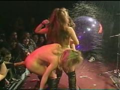 Hardrock Band Manowar Nude Gogo Girls On Stage Concert 1996