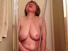 Watching Mature Yelling As She Came Hard In The Shower Wf
