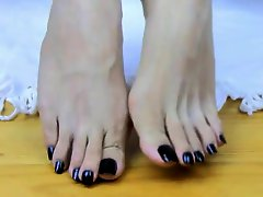 Long Asian Black Toes