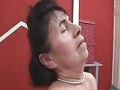 The Granny Family Chambermaid Fucks The Young Guy F70